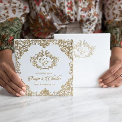 White and gold luxury wedding invitations with an elegant design